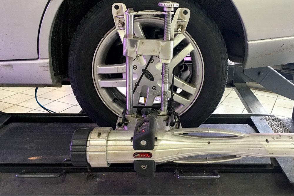 wheel alignment balancing